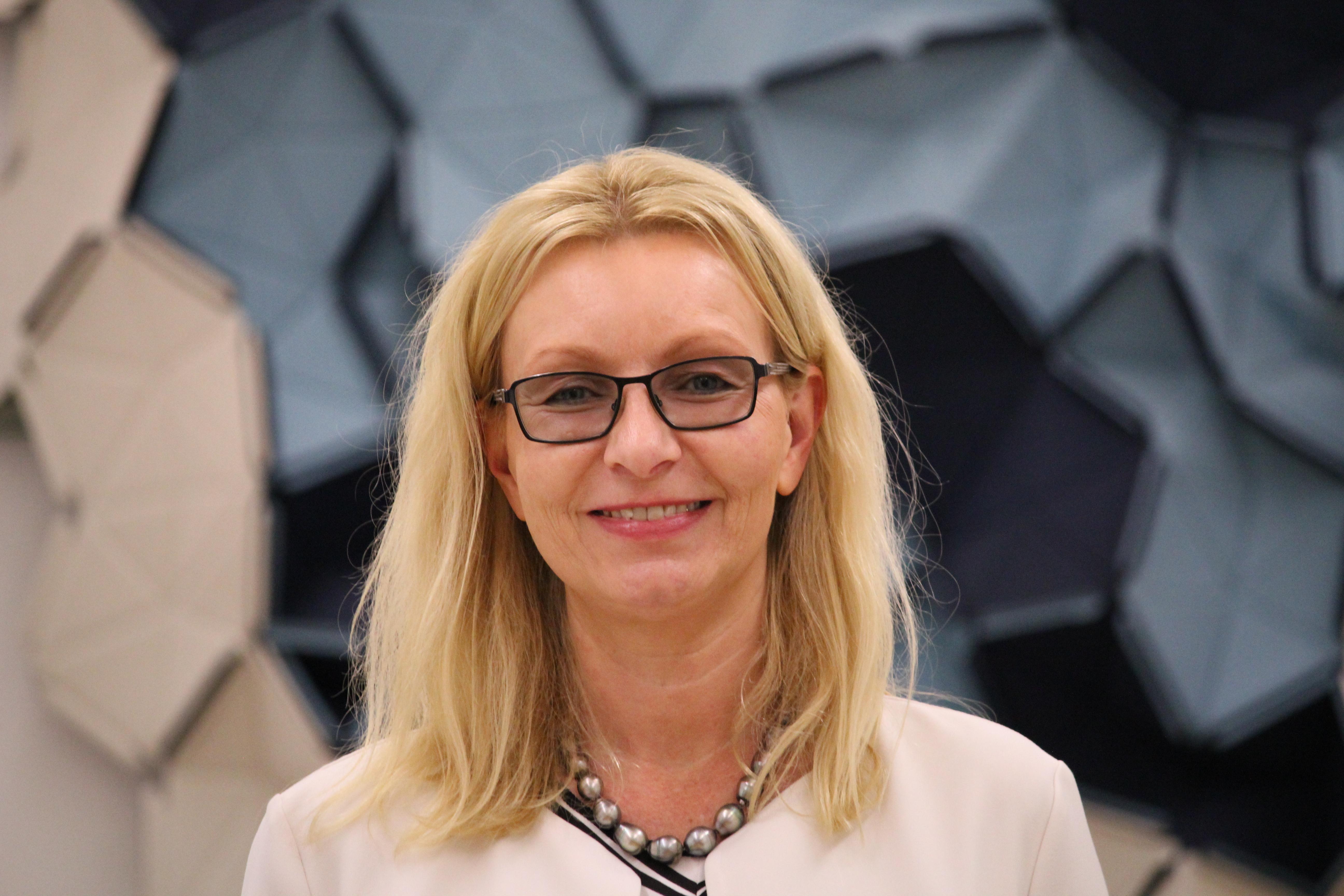 Prof. Dr. Julia Kormann